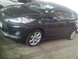 Ford Fiesta 1.6Titanium 3 Door
