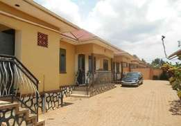 A double house for rent in Kyaliwajala