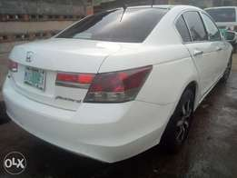 2010 Honda Accord with DVD / reverse camera for sale