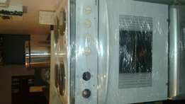 Samet oven and hob in great condition working 100percent