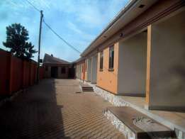 A double house for rent in Kisasi bukoto