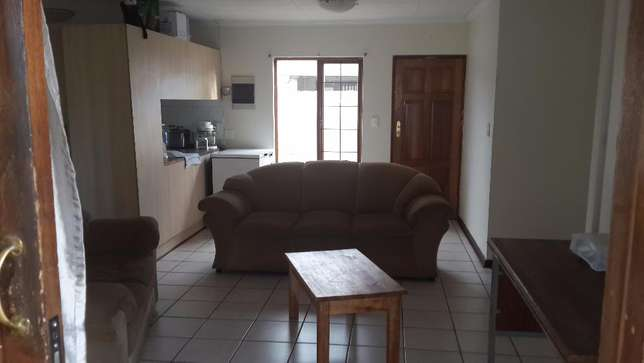 3 Bedroom townhouse to rent in LHP Bloemfontein - image 5