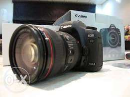 Canon 5D mark iii with 17-40mm