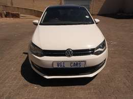vw polo 6 1.4 sunroof 2012 model 93000km white in color R160000