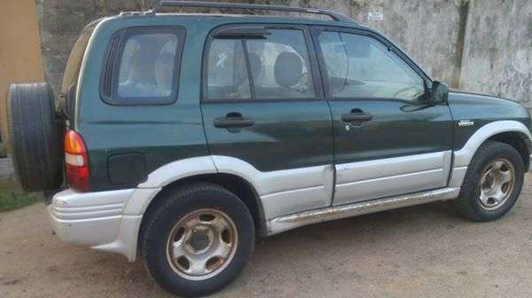 Suzuki Grand Vitara 2002 Model (Nigeria Used) Alimosho - image 4