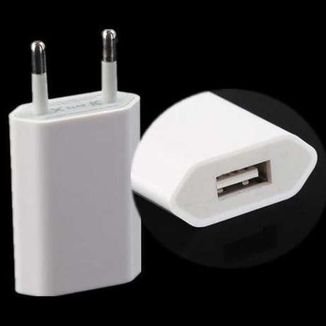 Iphone chargers readily available Nairobi CBD - image 2