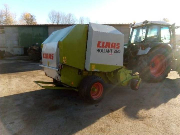 Claas rolland 250 - 2003