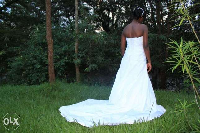Wedding gown for quick sale Thika - image 3