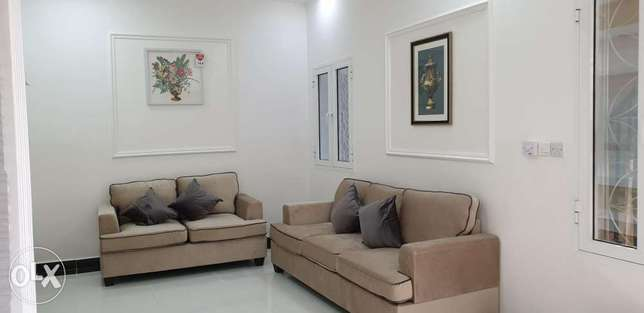 Beautiful One-Bedroom Furnished Apartment in Alkhuwair(Like Hotel
