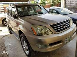 Super clean Full Option Lexus Gx470