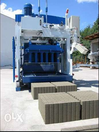 Movable concrete block machine E-12 SWEDEN