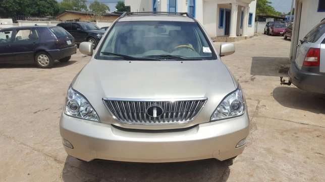 Lexus RX 330 Direct Tokumbo (fully paid duty) Makurdi - image 3