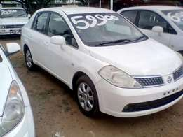 Nissan Tiida 1.6 6-speed, 2010 model