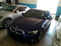 BMW 320i 2010 model KCN number Loaded with alloy rims , good musi