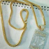 Pure solid 18 karat chain nd pendant gold