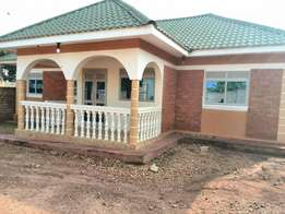 House 4 sale naluvule canan sites