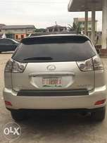 Tokunbo 04/05 Lexus RX 330 fullest options at giveaway price