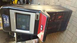 Jukebox Touch Screen Coin Operated 4 sale R6500neg