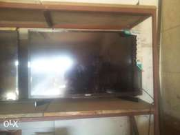 Hisense digital led 32 inch tv