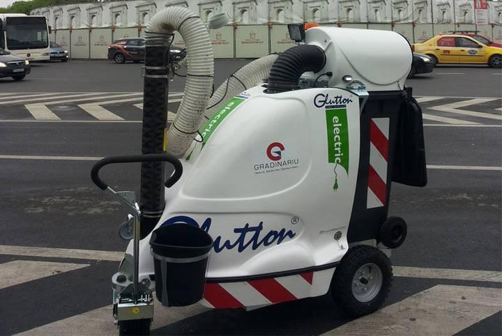 aspirator electric urban   2411 scrubber dryer