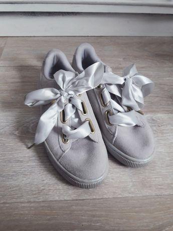 40 Puma Suede Heart szare buty kokardy kokardki satynowe