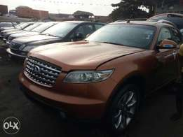 Foreign used 2005 infiniti fx35. Direct tokunbo