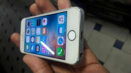 Very clean iphone 5S in excellent state!