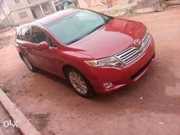 Venza tokunbo auto drive fabric seat working AC full option buy nd dri