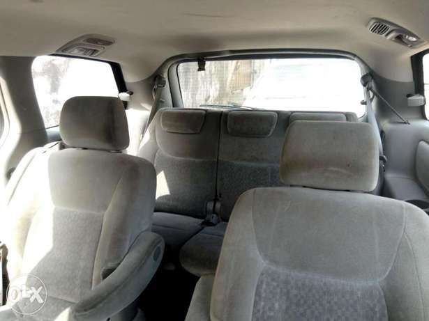 Foreign used sienna 2005 Surulere - image 5