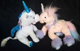 2 x Plush unicorn toys