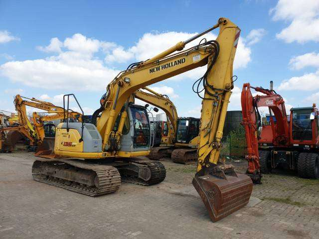 New Holland Kobelco E135sr-1es - 2008 - image 3