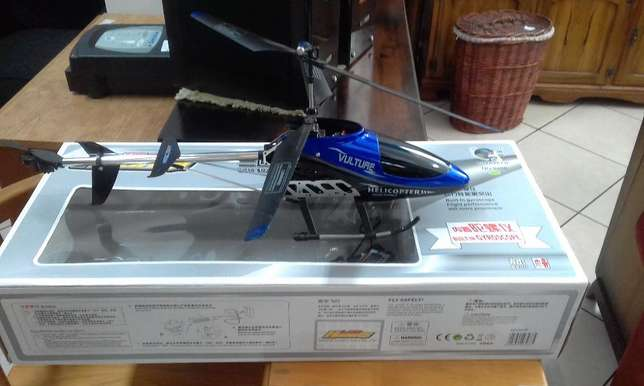 Vulture Toy Helicopter Kempton Park - image 1