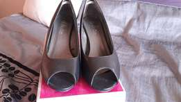 Size 7 fancy shoes for sale