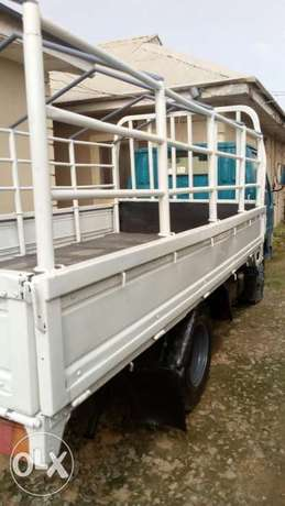 Toyota Dyna new face Lugbe - image 2
