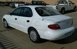 Hyundai Elantra 1.6i for R24.999