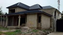 5 bedroom house -Ashaley Botwe