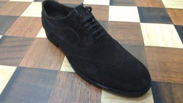 an authentic ZARA MAN pure suede leather wingtip derby size 43(uk 9) Kampala - image 1