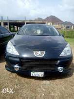 Very Clean, 307, 4Cylinder Engine, Manual Gear. Going for Only 700k...