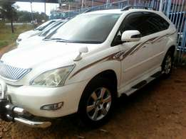 Toyota Harrier approved by an olx agent