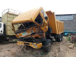 Eicher truck tipper kCD with damaged cabin