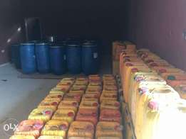 Quality Red palm oil for sale...both in drums and jerry can