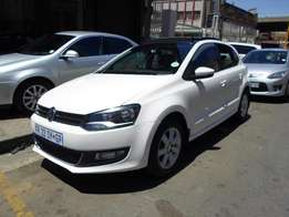 2013 model polo 6 1.6 hatchback,white,for sale