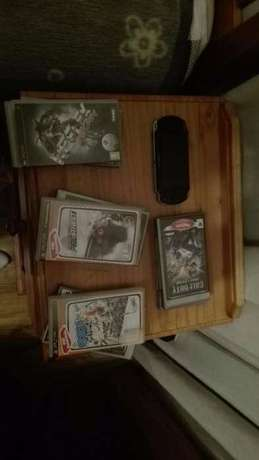psp with games and a wii Kilner Park - image 1