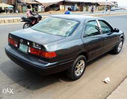 A sparkling very clean 2002 TOYOTA CAMRY envelope for sales