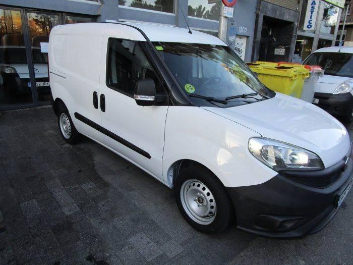 Fiat Dobló Cargo 1.3mjt Base 66kw E5+ - 2015