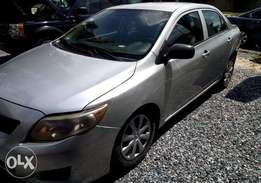 Clean Toyota Corolla 2009 (going today)
