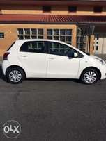 toyota yaris t3plus 2009!!