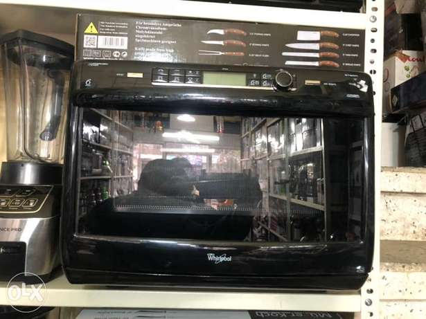 Whirpool microwave and grill ( made in england)