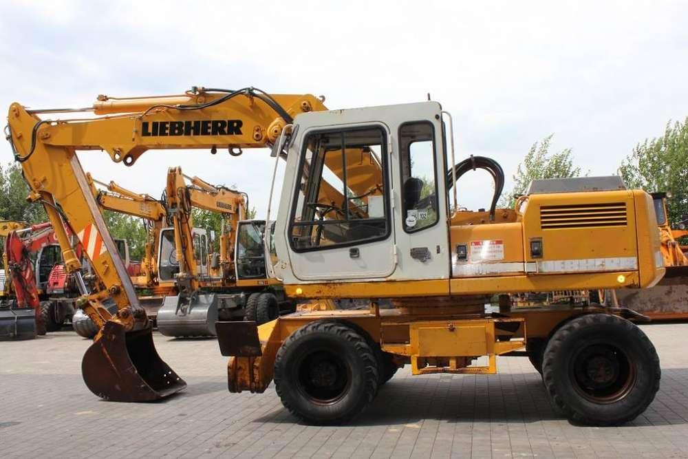 Liebherr A902lit - 1991