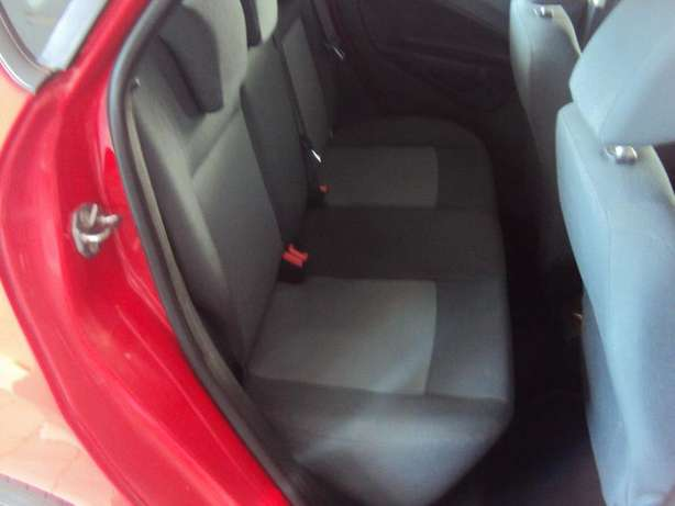 2012 Ford Fiesta 1.6 for sell R105000 Bruma - image 6